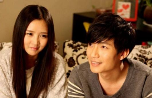 """Chen Chusheng AndHe Jie-- """"Past""""-- The Theme Song Of The TV Series """"Husband And Wife"""""""