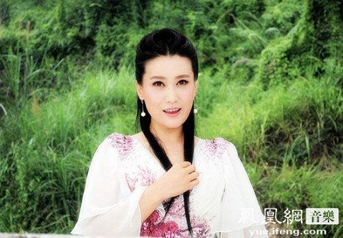 Piao Xiang 飘香 Fragrance Lyrics 歌詞 With Pinyin By Tan Jing 谭晶